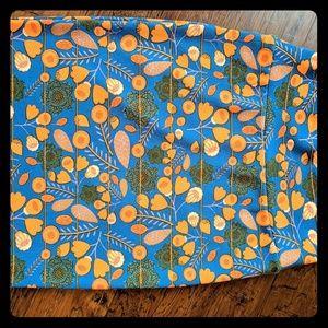 LuLaRoe Skirts - Lularoe Cassie Pencil skirt